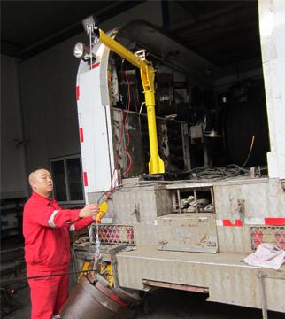 车载式电动小吊机使用图1-1:龙海起重工具(LongHai Hoisting)中国官方网站